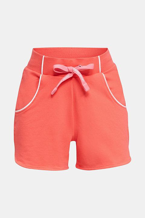 Sweatshirt fabric shorts with piping