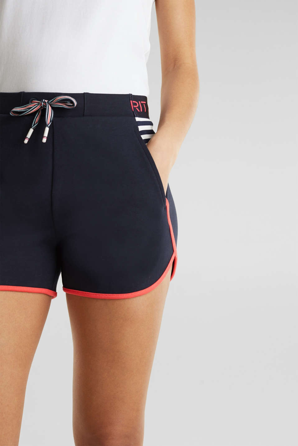 Sweatshirt fabric shorts with contrasts, NAVY 2, detail image number 3