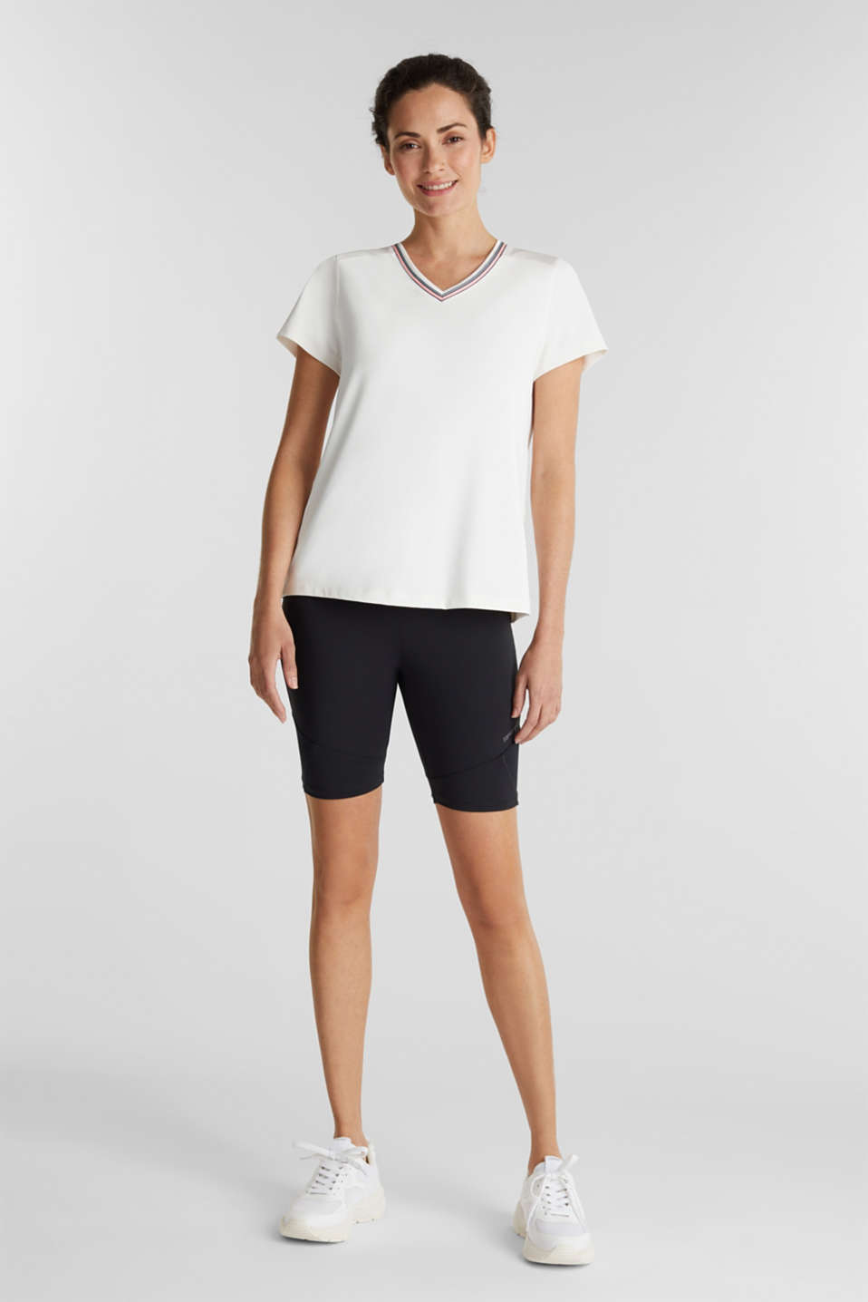 V-neck T-shirt with open-work pattern, E-DRY, OFF WHITE, detail image number 1