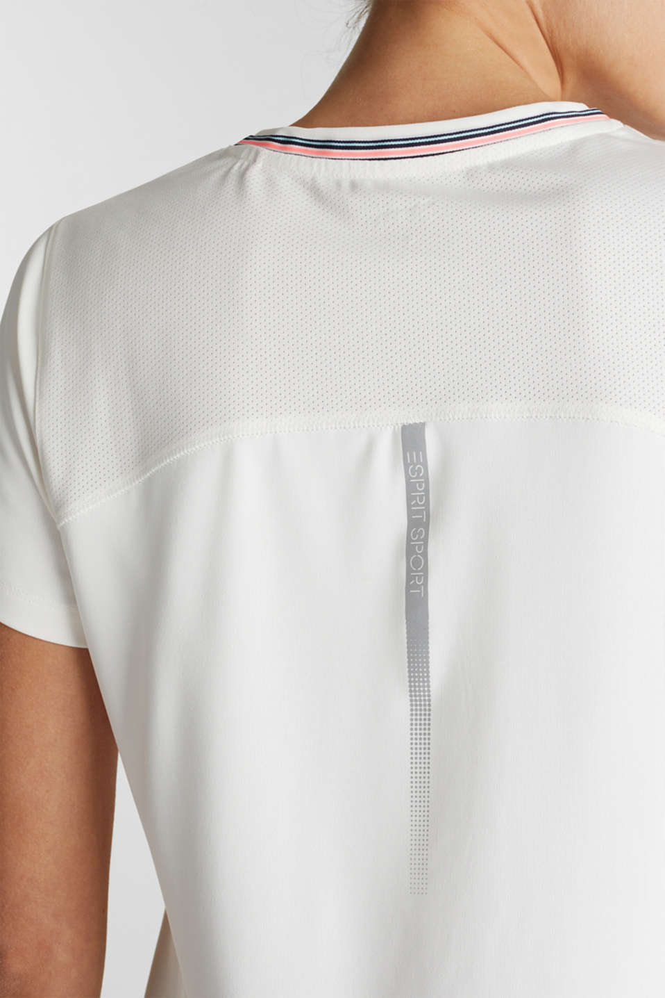 V-neck T-shirt with open-work pattern, E-DRY, OFF WHITE, detail image number 2