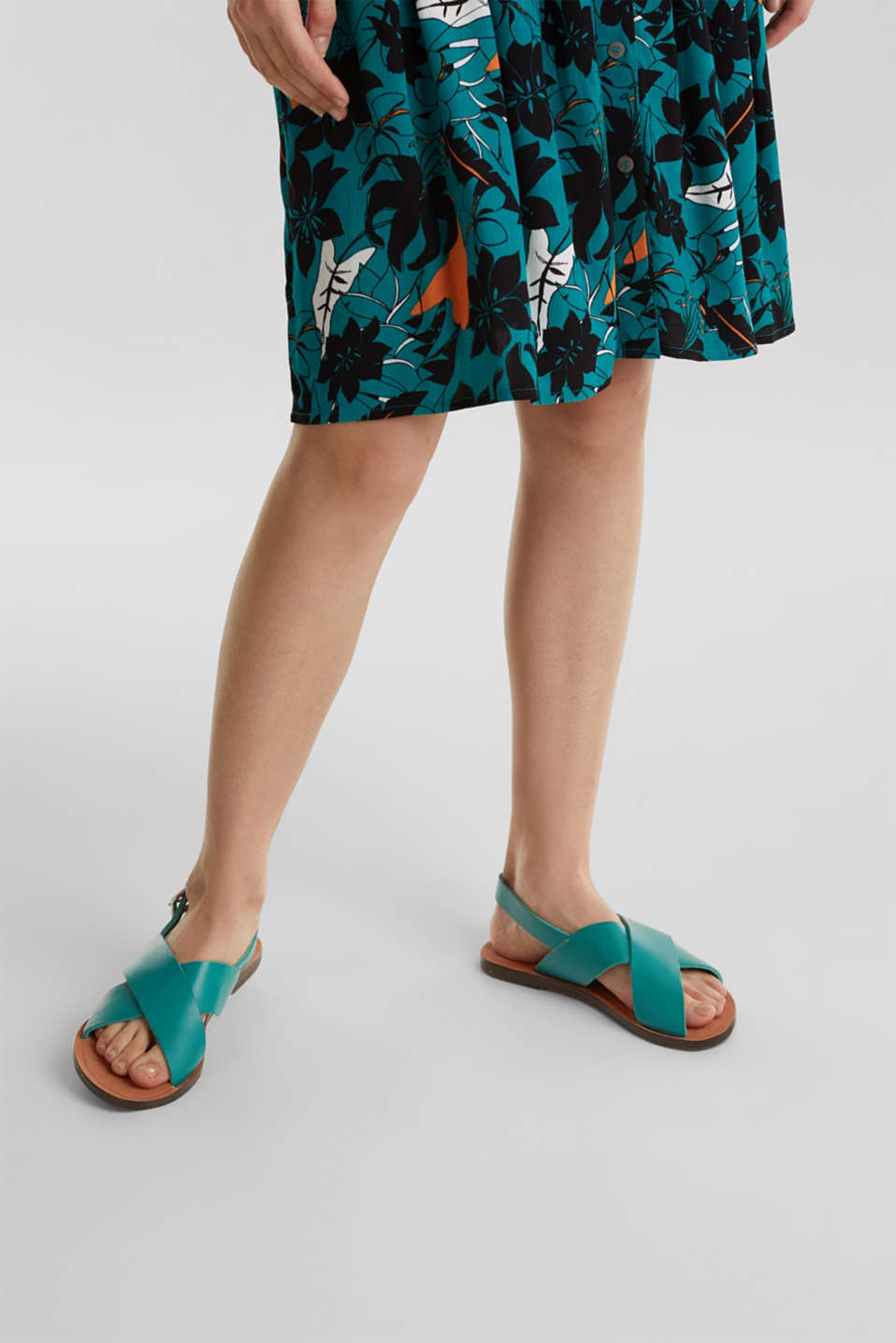 Made of leather: strap sandals, TEAL GREEN, detail image number 6