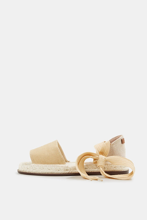 Canvas espadrilles with bast sole