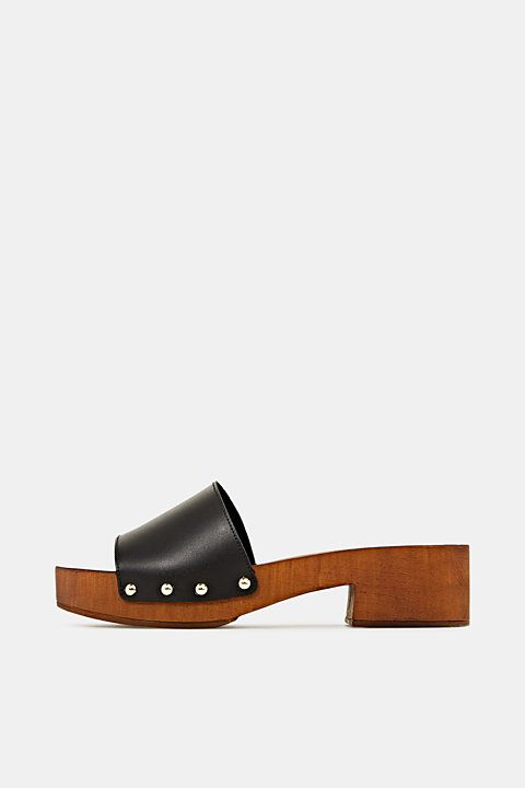 Made of leather: clog sandals