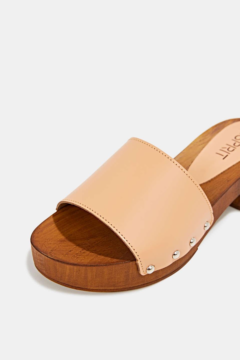 Made of leather: clog sandals, CARAMEL, detail image number 4