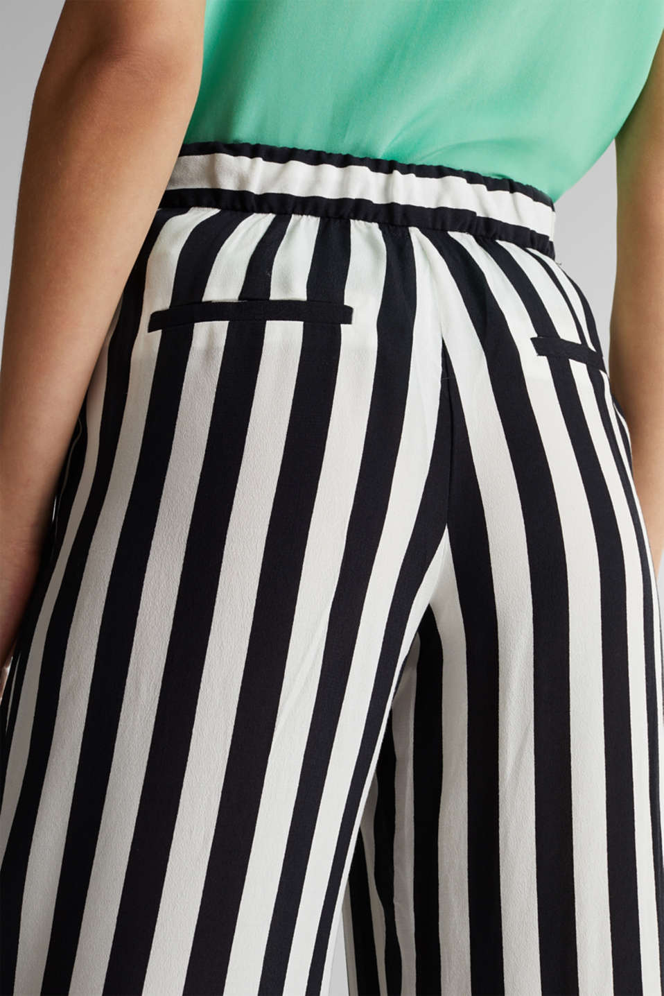 Crêpe trousers with an elasticated waistband, OFF WHITE 3, detail image number 5