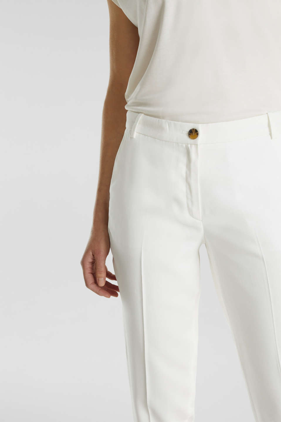 Ankle-length trousers with a flowing drape, WHITE, detail image number 2