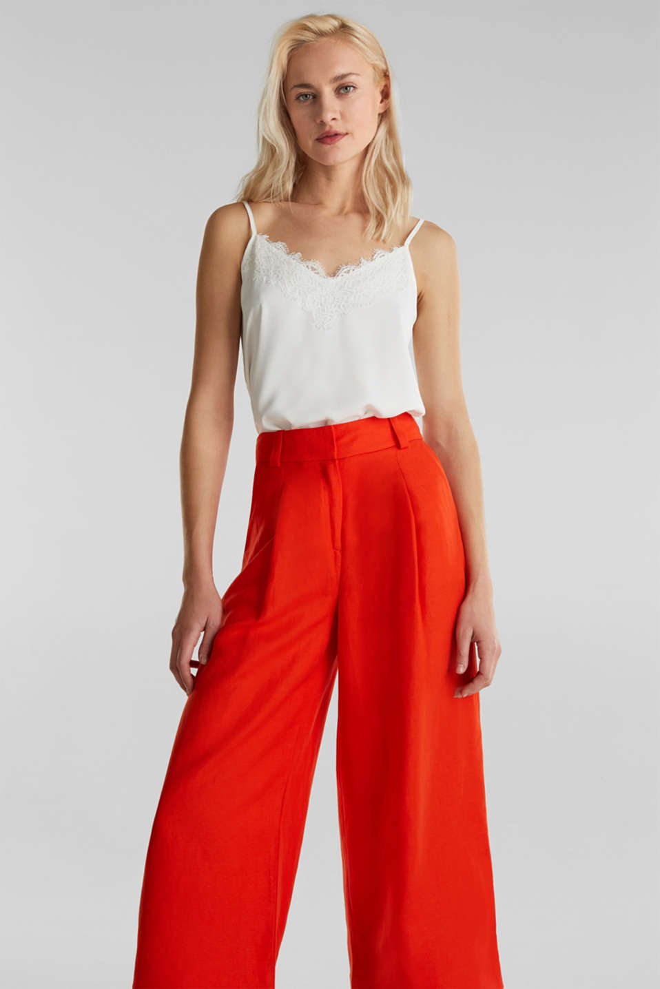 Esprit - Linen blend: culottes with waist pleats