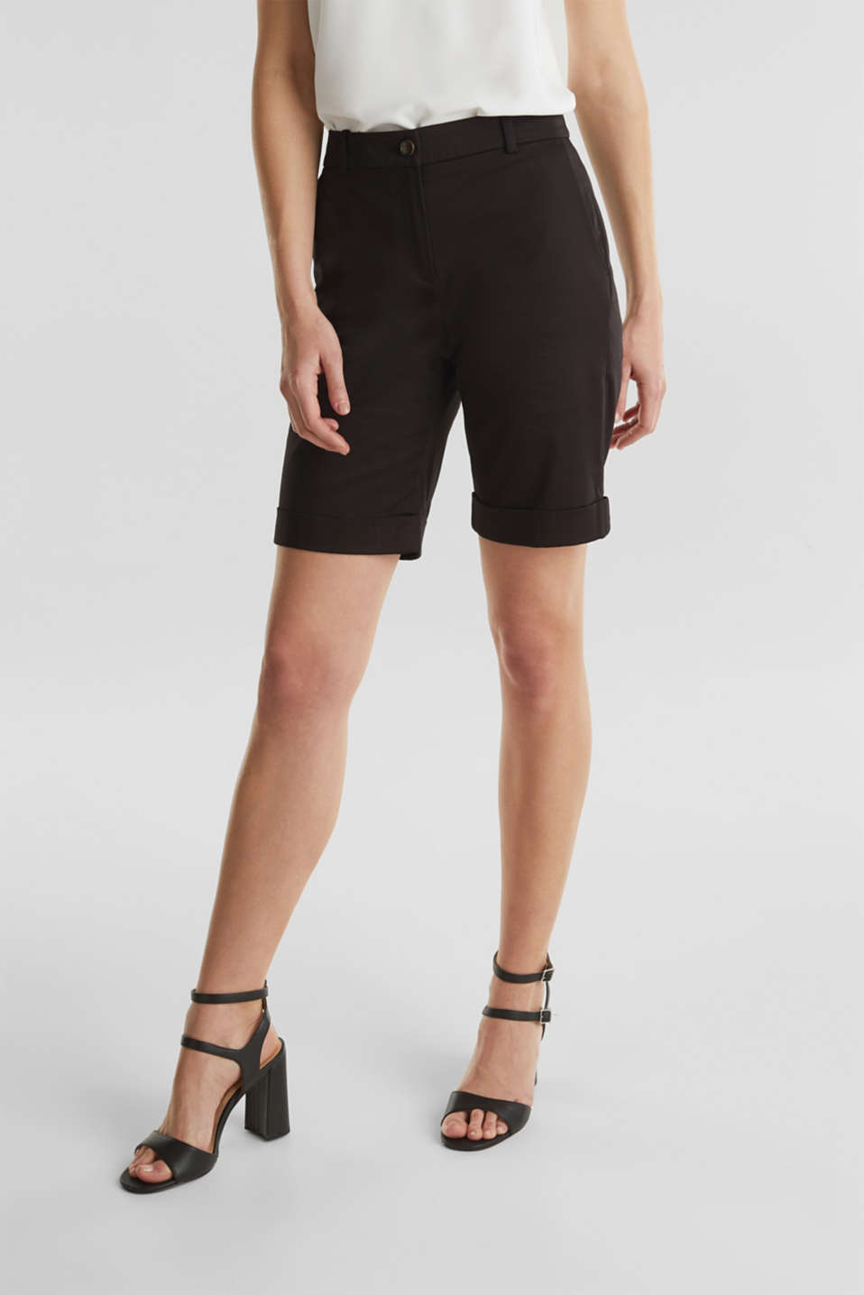 Stretchy satined Bermuda shorts, BLACK, detail image number 6