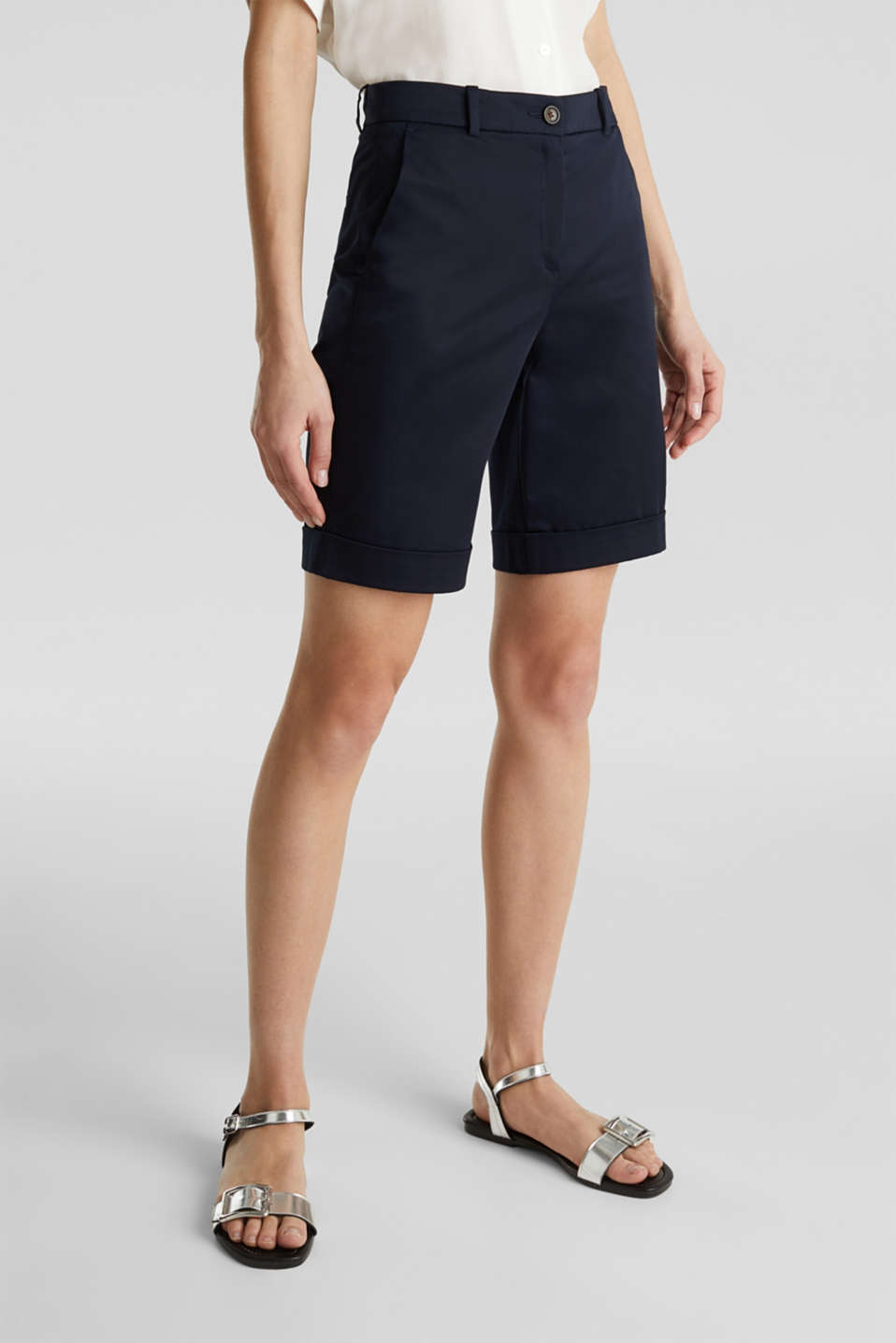 Stretchy satined Bermuda shorts, NAVY, detail image number 5