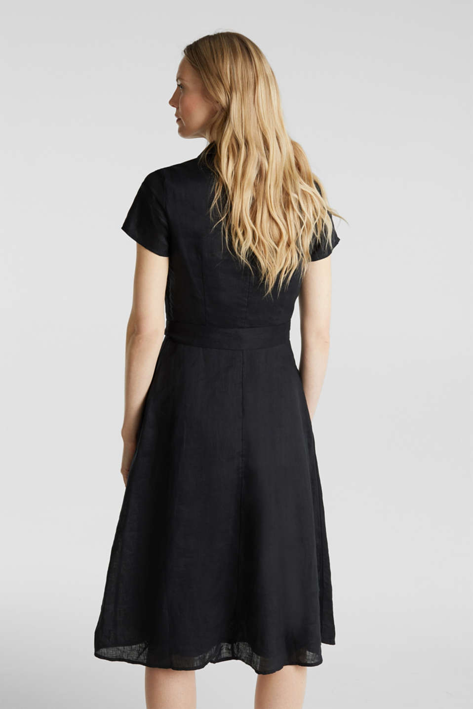 Made of linen: dress with a wrap-over effect, BLACK, detail image number 2