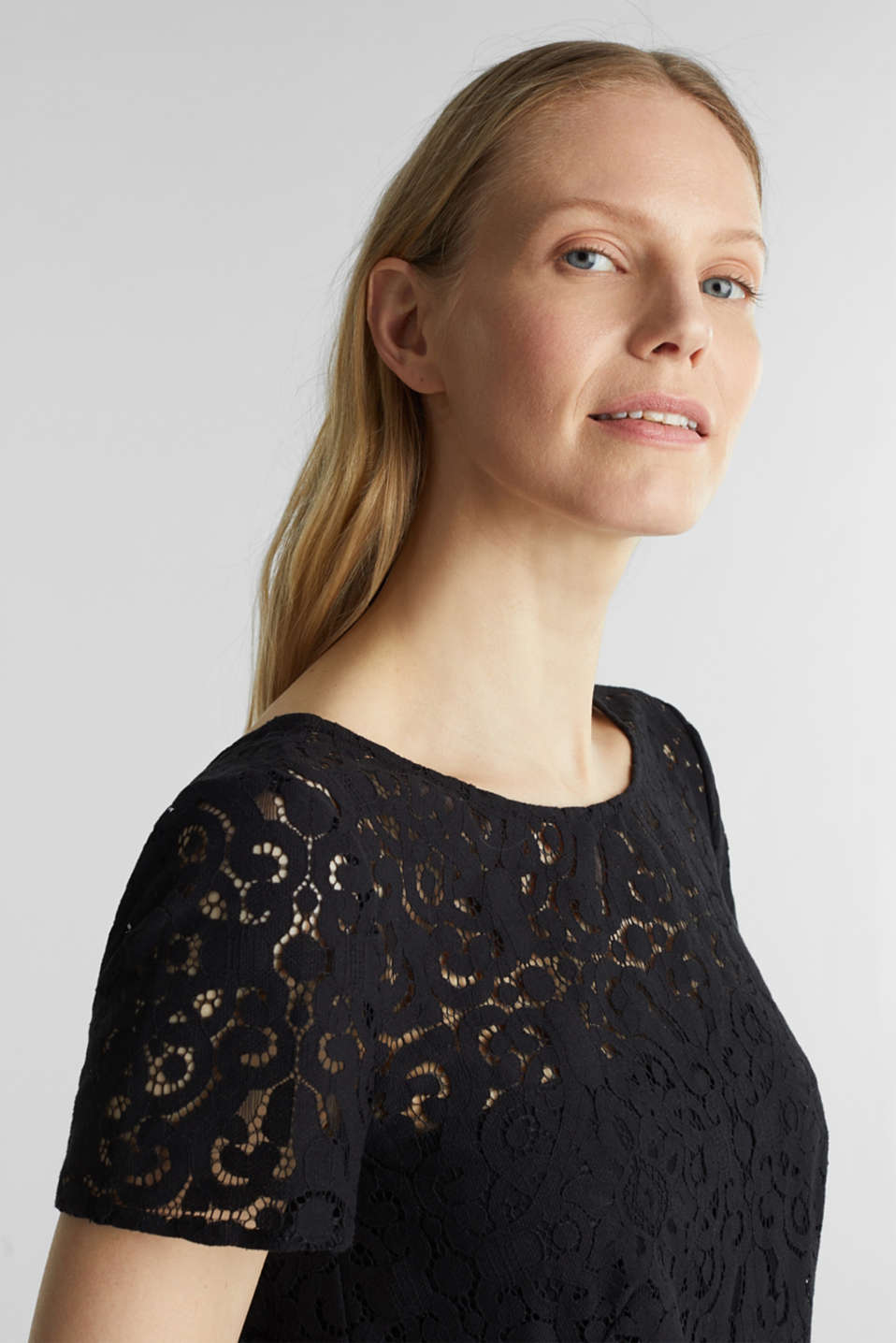 Lace dress with a swirling skirt, BLACK, detail image number 6