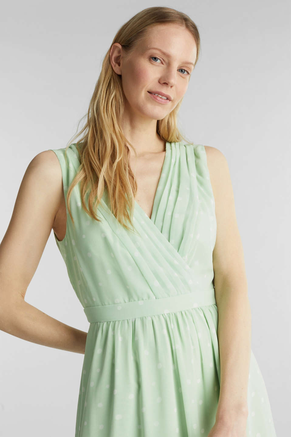 Wrap-over effect chiffon dress, PASTEL GREEN 4, detail image number 5