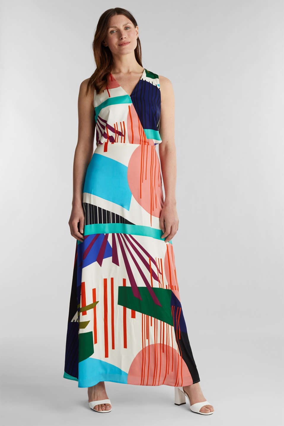 Esprit - Satin maxi dress with a graphic print