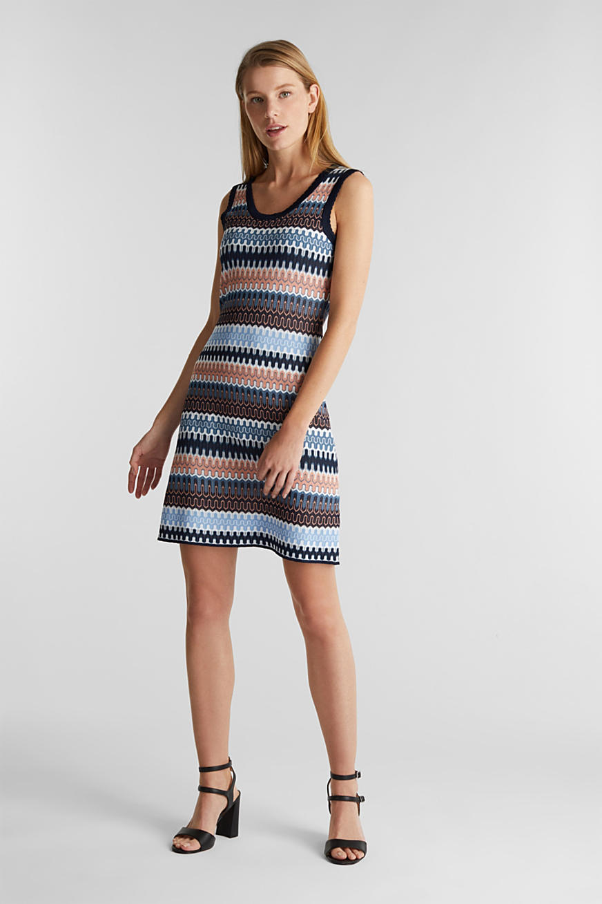 Knit dress with a jacquard pattern
