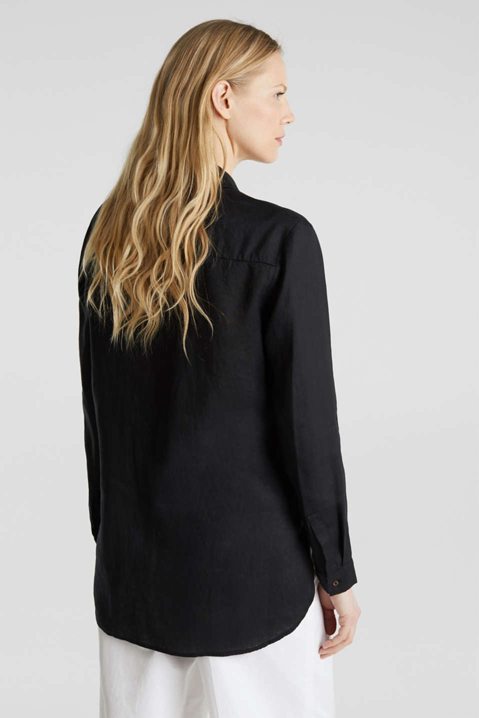 Made of linen: Blouse with a high-low hem, BLACK, detail image number 3