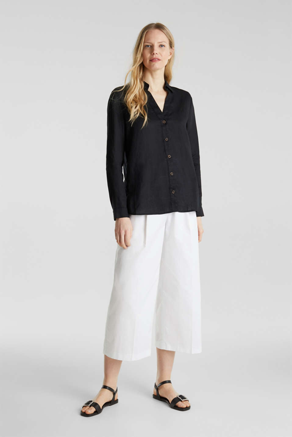 Made of linen: Blouse with a high-low hem, BLACK, detail image number 1