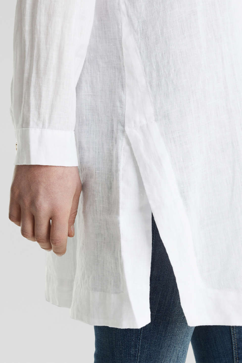 Made of linen: shirt blouse in a long cut, WHITE, detail image number 5