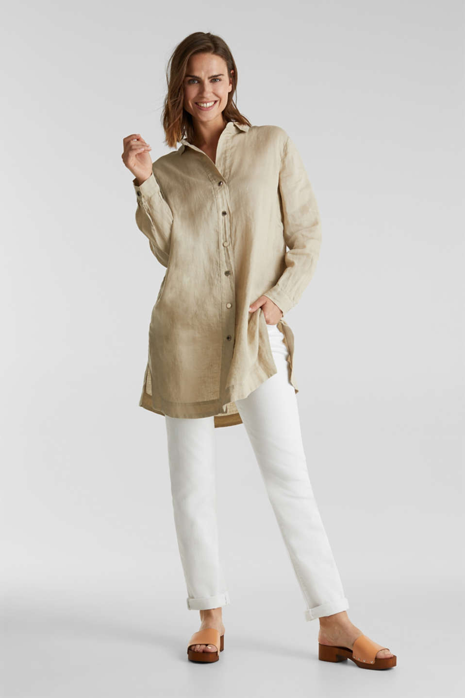 Made of linen: shirt blouse in a long cut, KHAKI BEIGE, detail image number 1