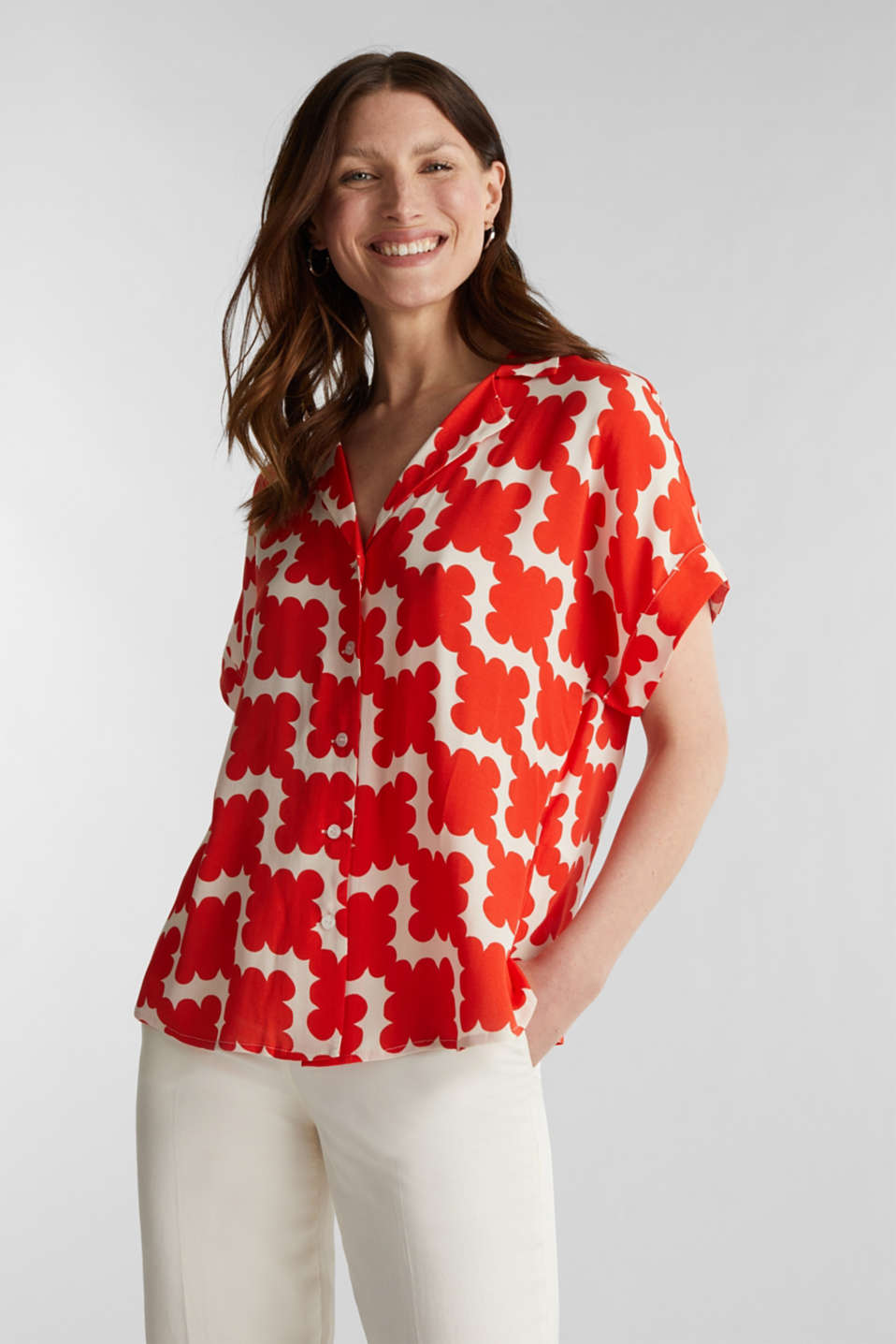 Shirt blouse made of crêpe with a graphic print, RED ORANGE 4, detail image number 0