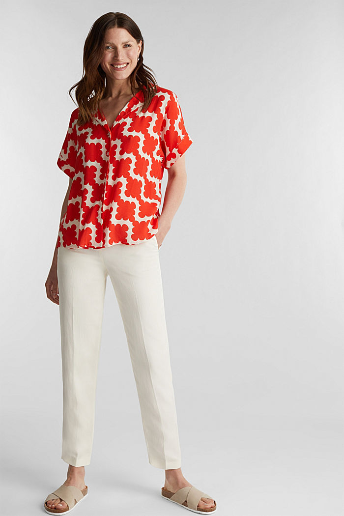 Shirt blouse made of crêpe with a graphic print, RED ORANGE, detail image number 1