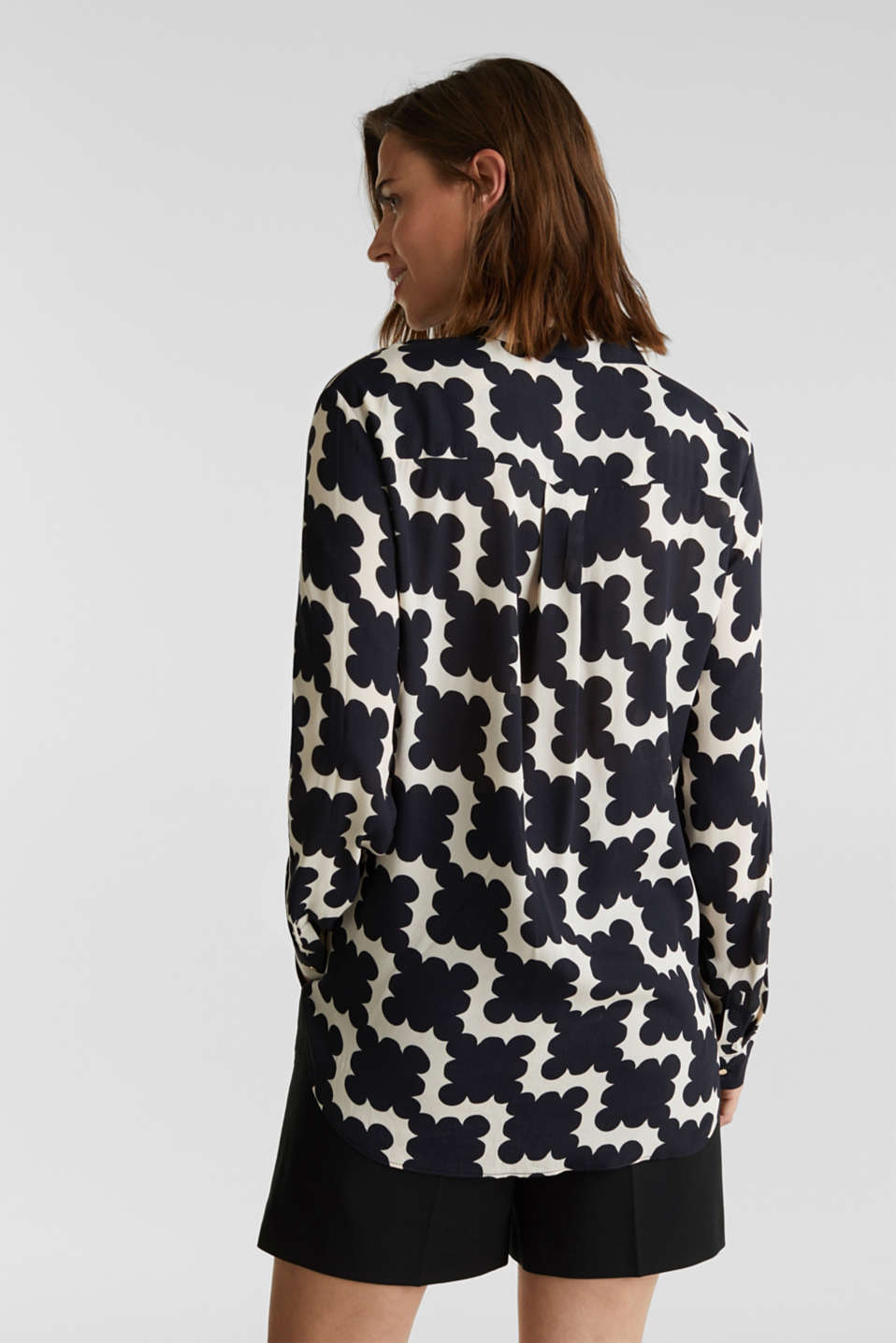 Crêpe blouse with a modern print, BLACK 3, detail image number 3