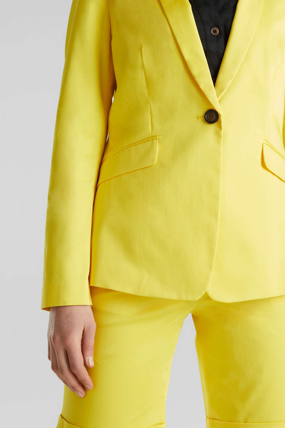 Stretch blazer with a fine sheen, YELLOW, detail image number 2