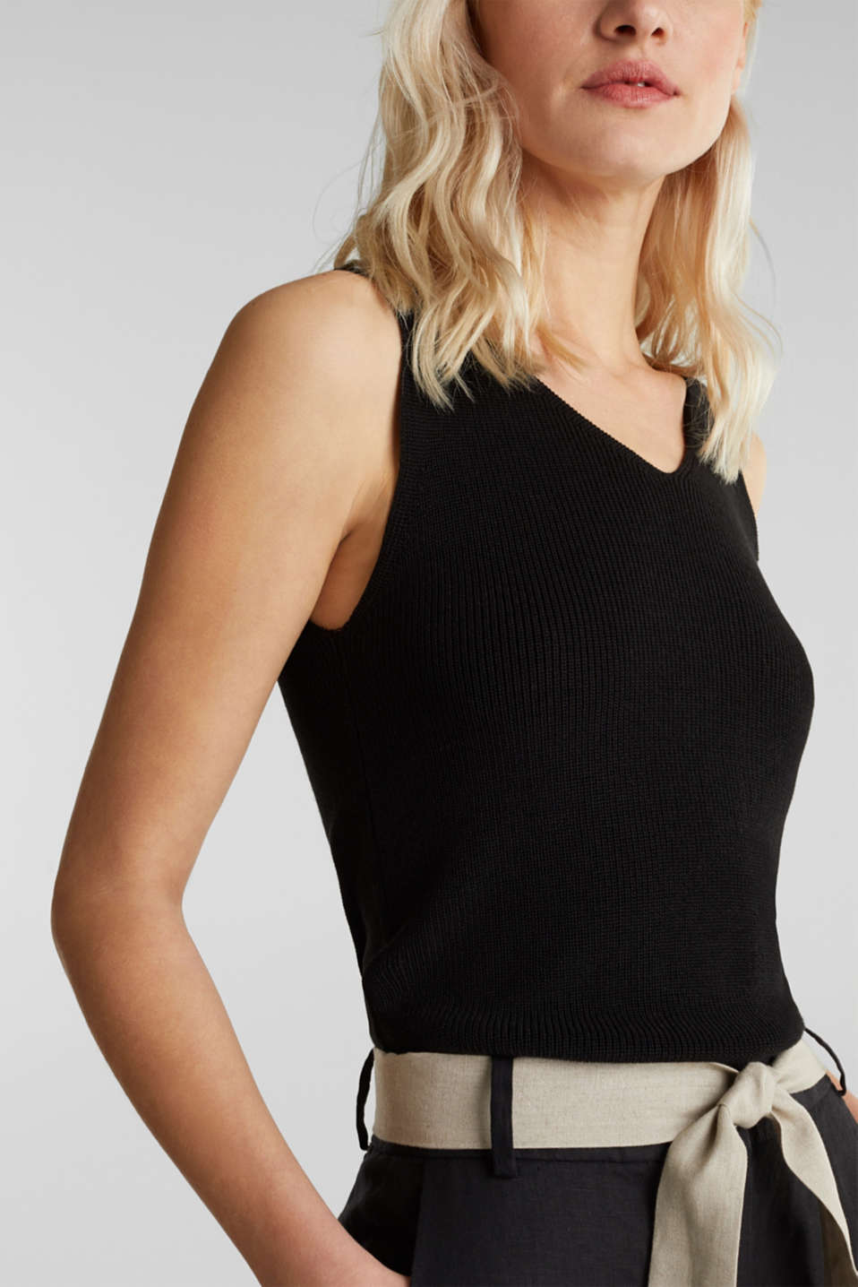 With TENCEL™: knitted V-neck top, BLACK, detail image number 2