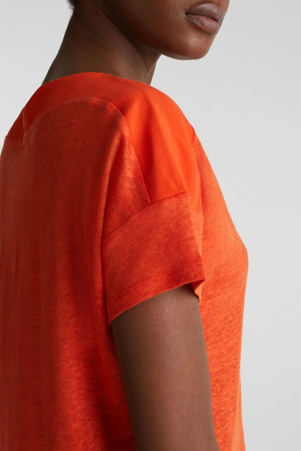 Made of linen: top with fabric details, RED ORANGE, detail image number 2