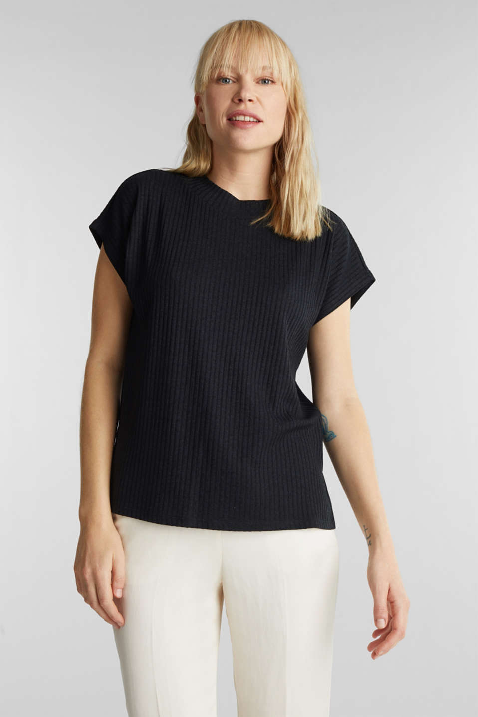 Stretch T-shirt with a ribbed texture, BLACK, detail image number 0