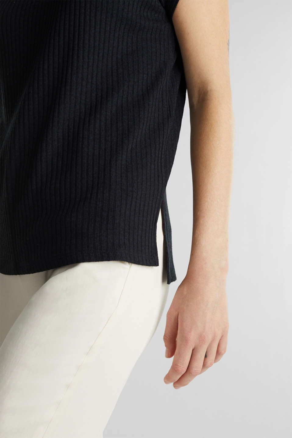 Stretch T-shirt with a ribbed texture, BLACK, detail image number 2