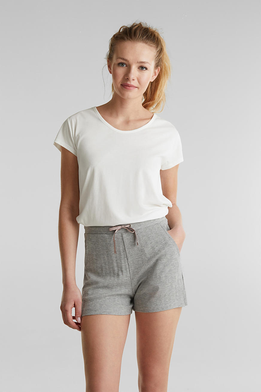Jersey shorts with a ribbed texture