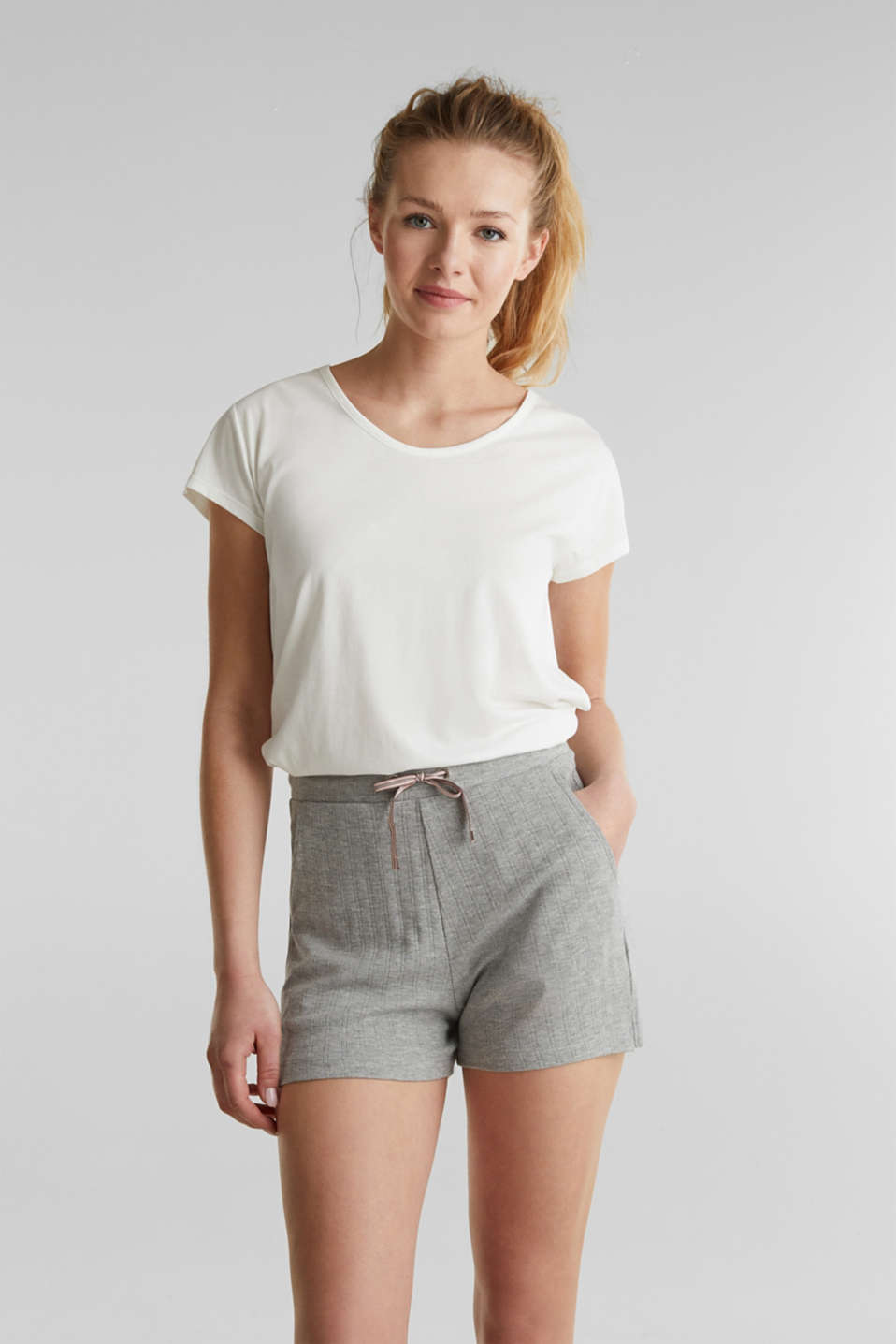 Jersey shorts with a ribbed texture, PASTEL GREY, detail image number 0