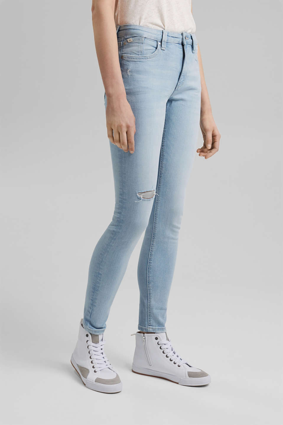 edc - Distressed stretch jeans with organic cotton