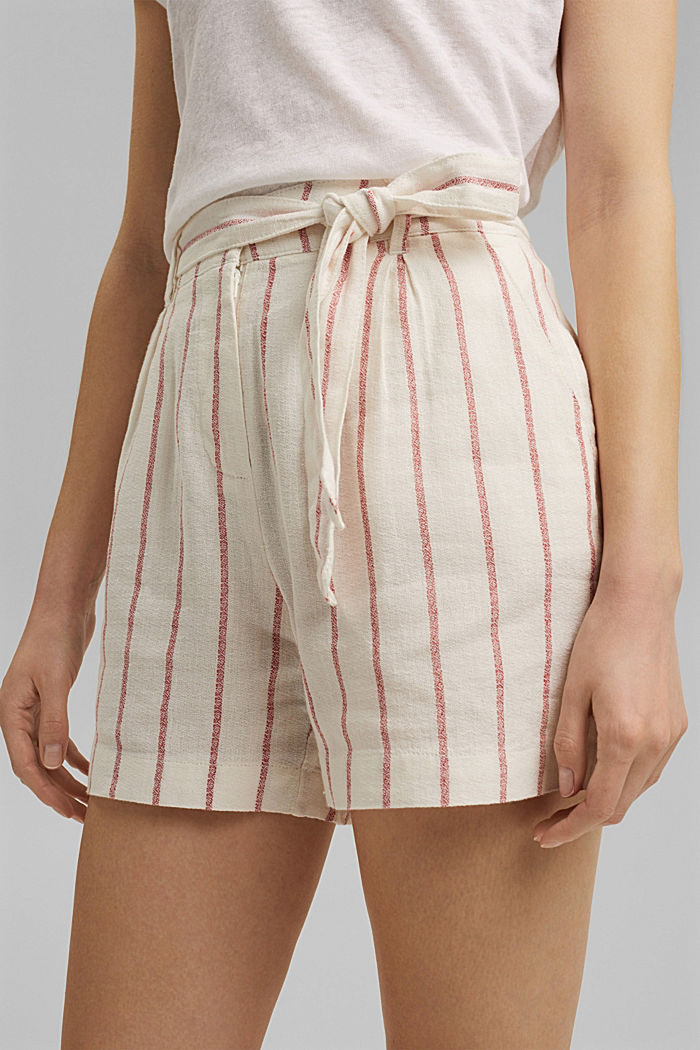 Linen blend: high-waisted shorts with belt, OFF WHITE, detail image number 2