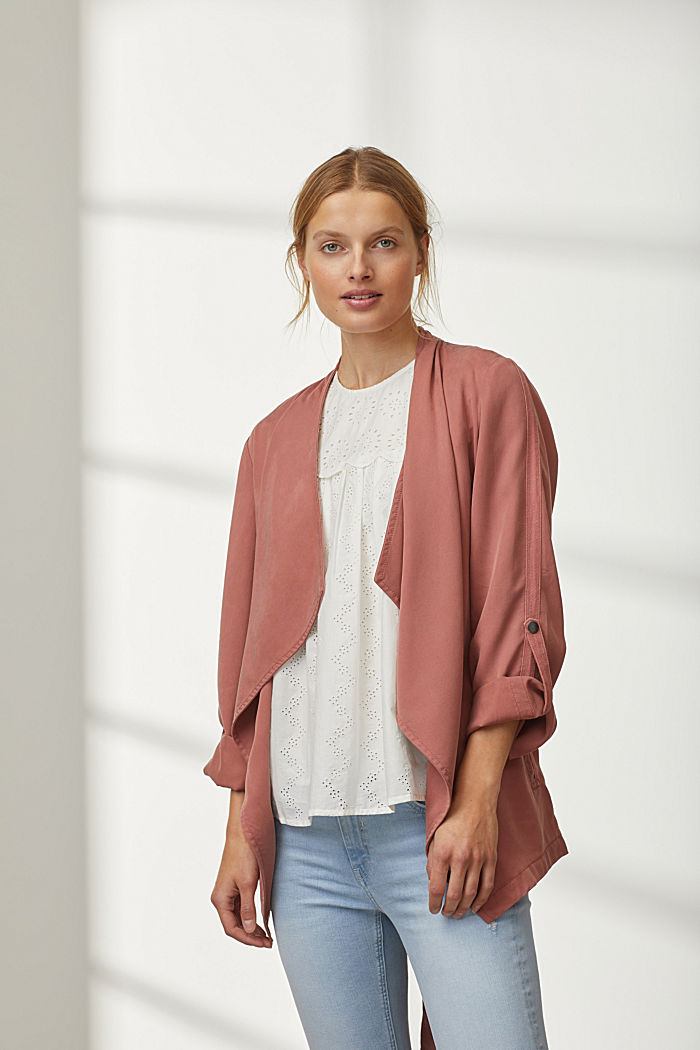 TENCEL™: flowing jacket made of lyocell