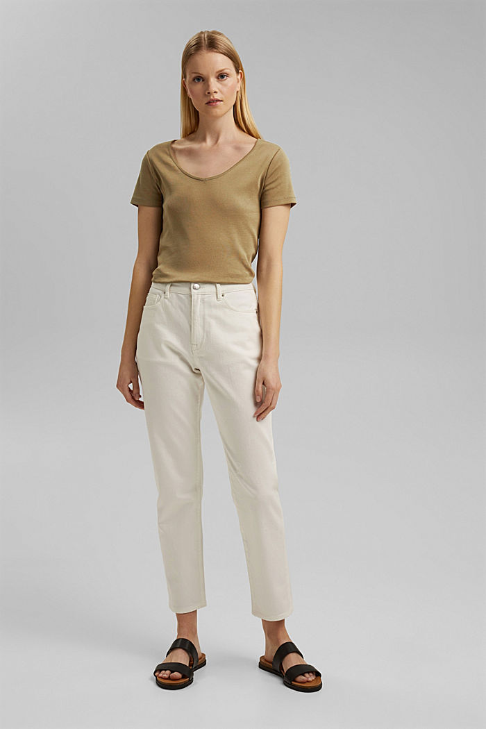 Basic shirt met V-hals, van biologisch katoen, LIGHT KHAKI, detail image number 6