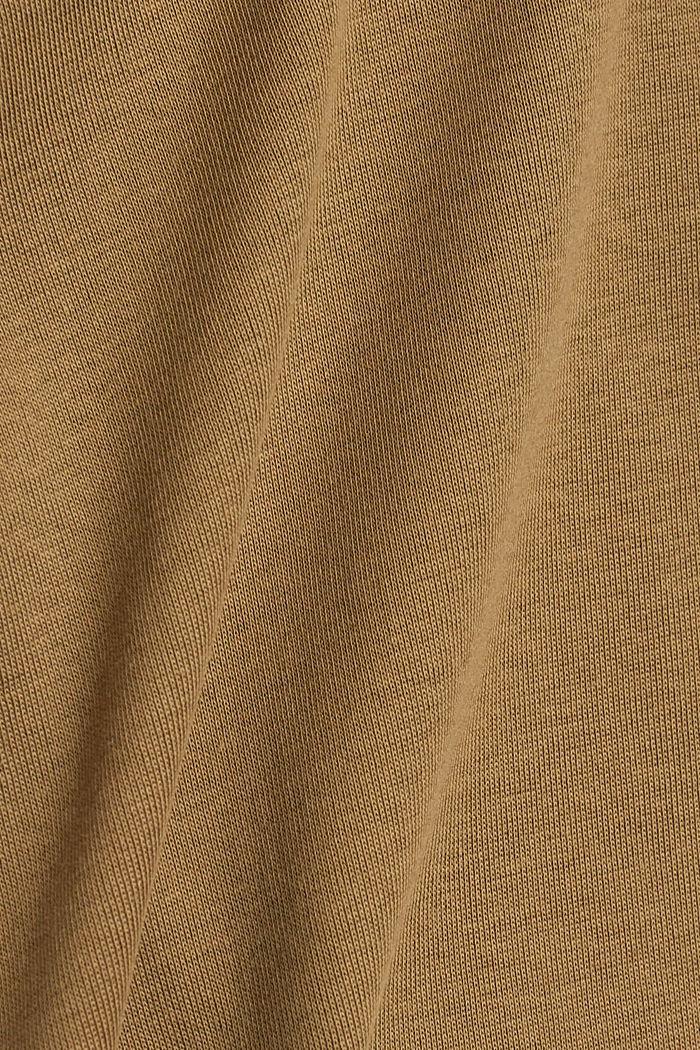 Basic shirt met V-hals, van biologisch katoen, LIGHT KHAKI, detail image number 4