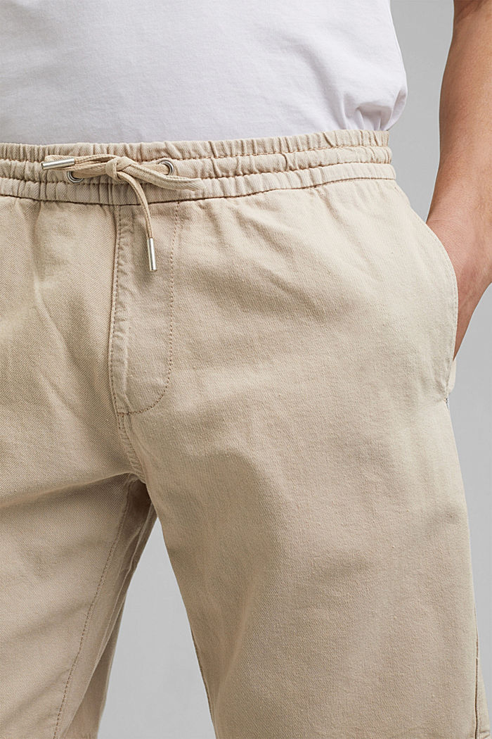 Cotton shorts with an elasticated waistband, LIGHT BEIGE, detail image number 2