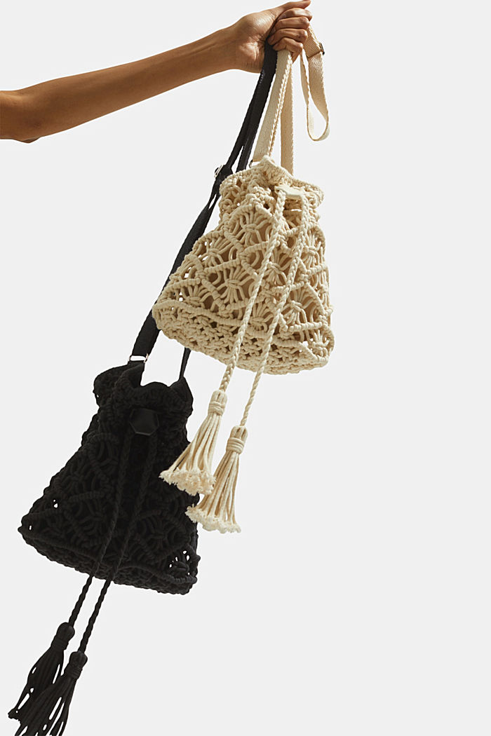 Handmade: macramé bucket bag