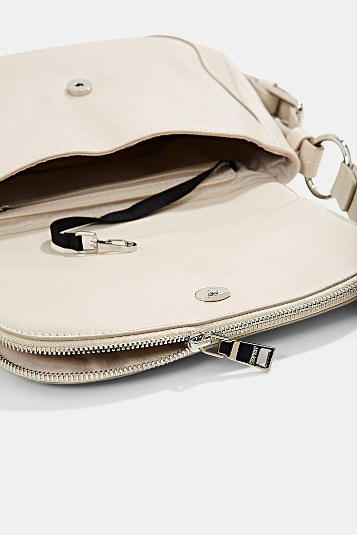 Vegan: monogram detail shoulder bag