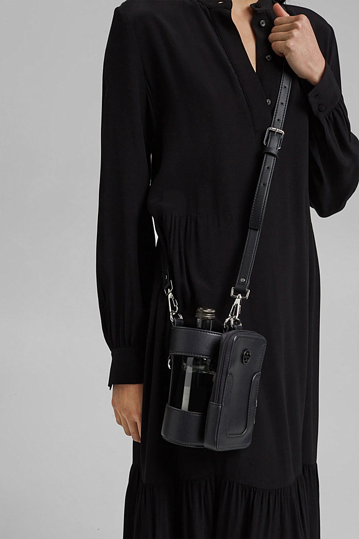 Vegan: smartphone bag plus bottle holder