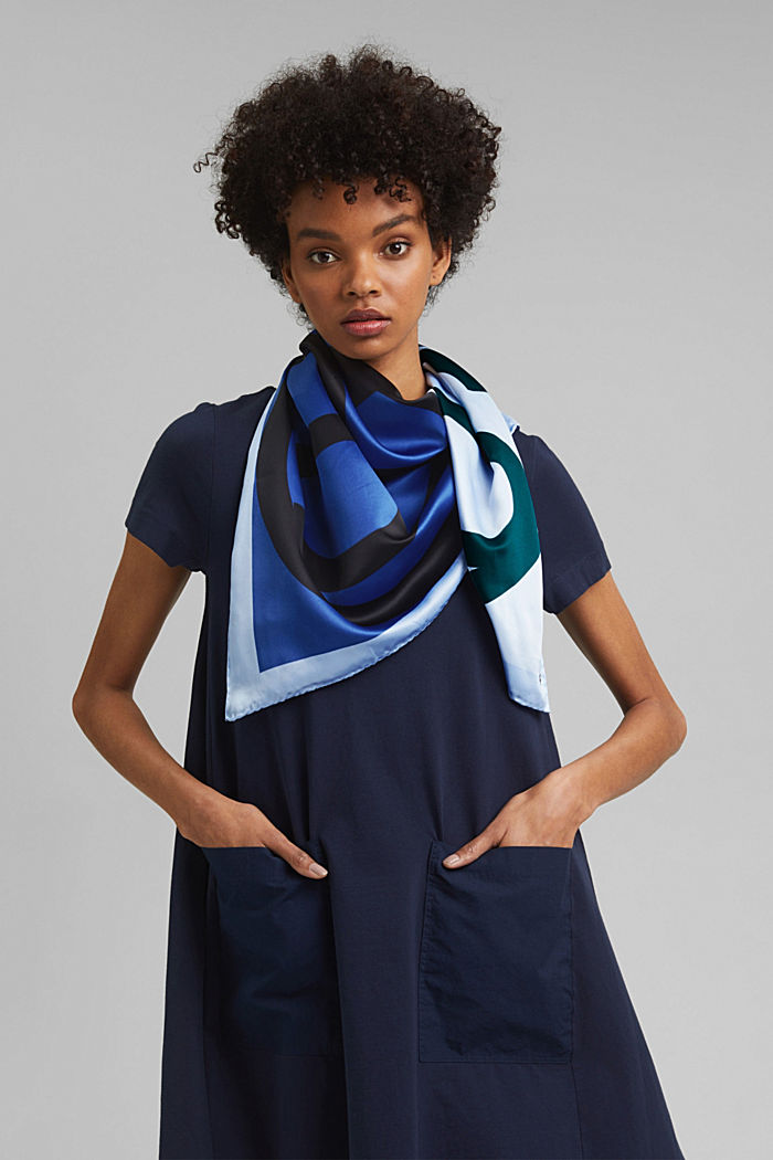 Monogram scarf with a satin finish