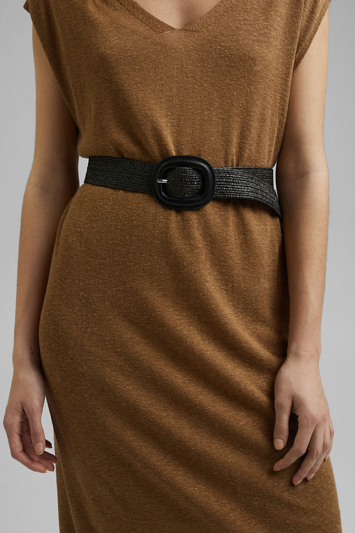 Elasticated woven belt with a leather buckle