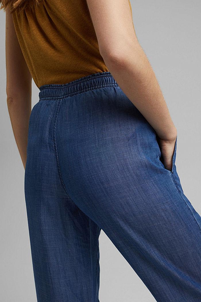 Aus TENCEL™: Hose mit weitem Bein, BLUE DARK WASHED, detail image number 5
