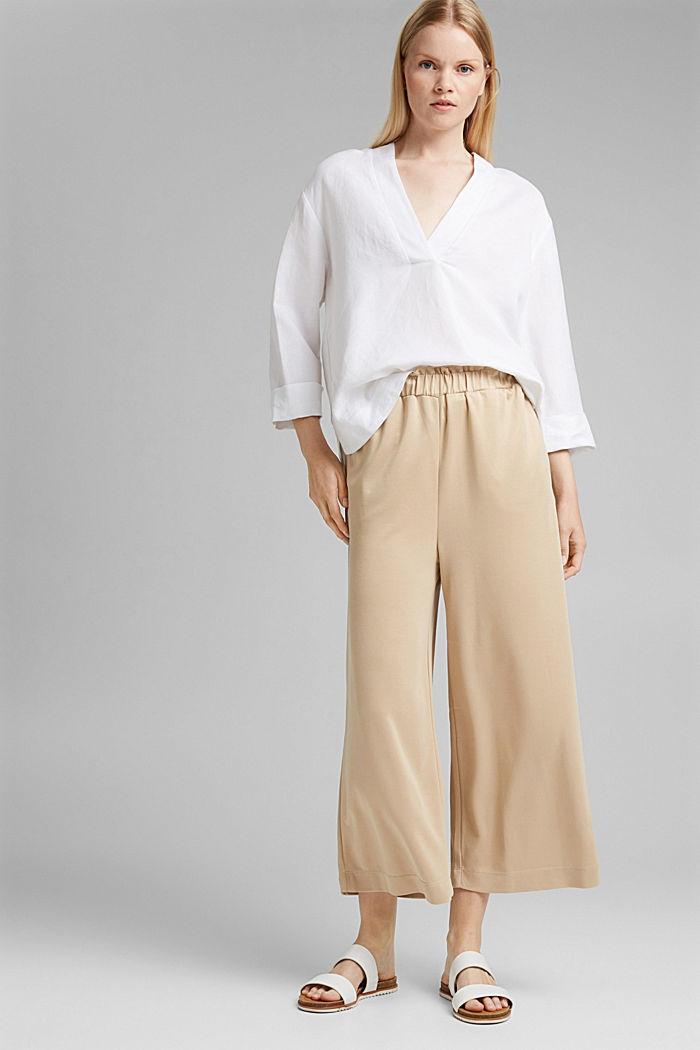 En modal mélangé: la jupe-culotte fluide