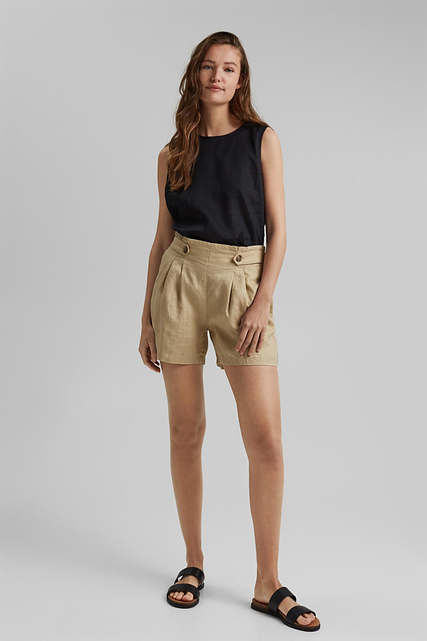 Made of 100% linen: Shorts with paper bag waistband