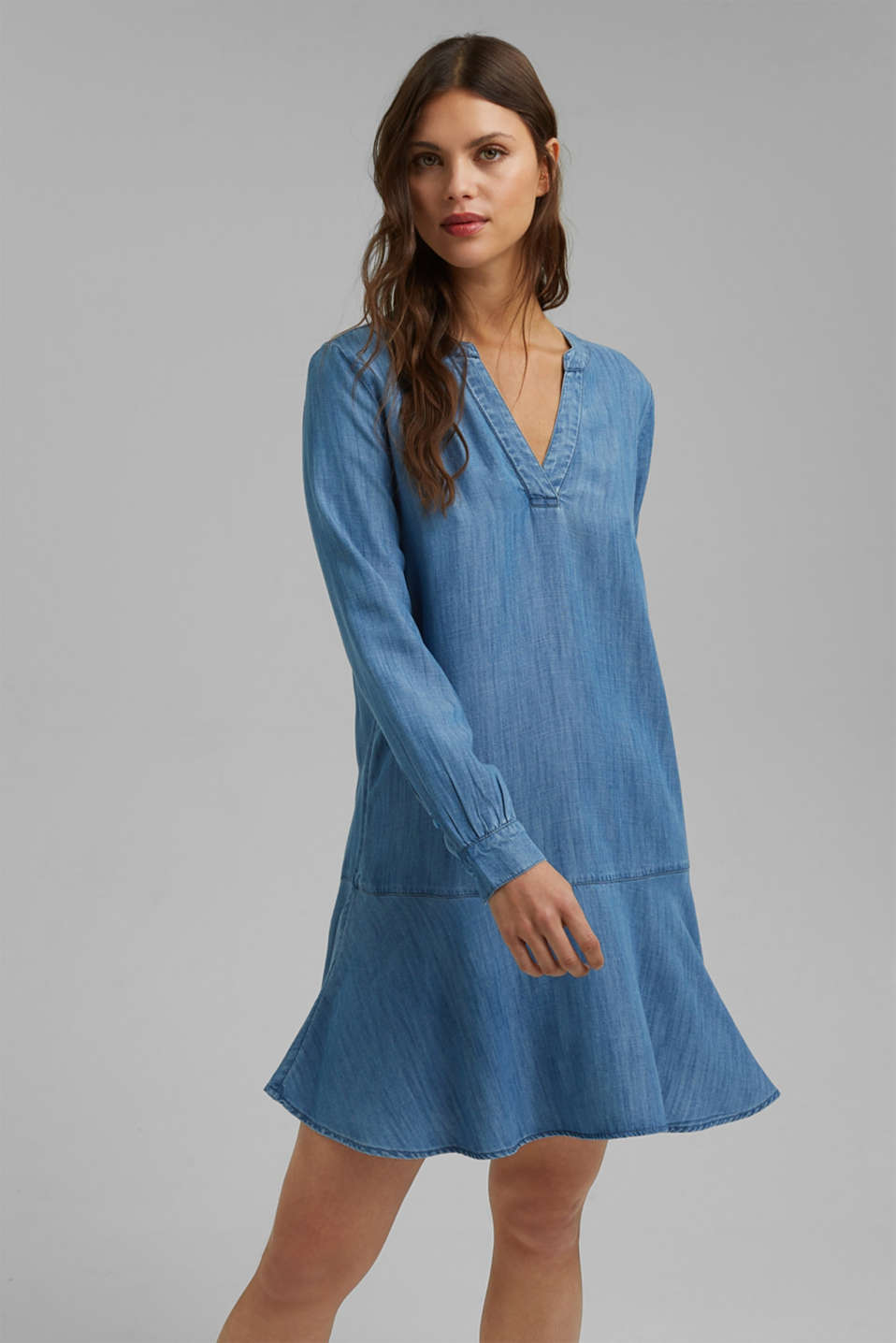 Esprit - Made of TENCEL™: Denim dress with flounces