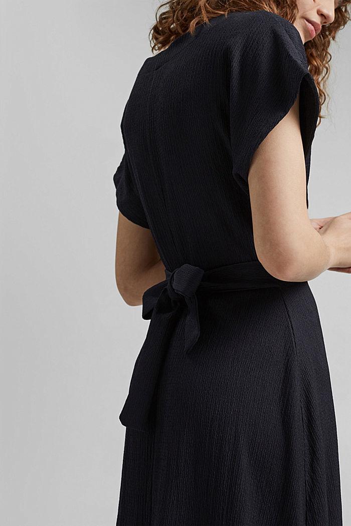 En matières recyclées: robe longueur midi à ceinture à nouer, BLACK, detail image number 3