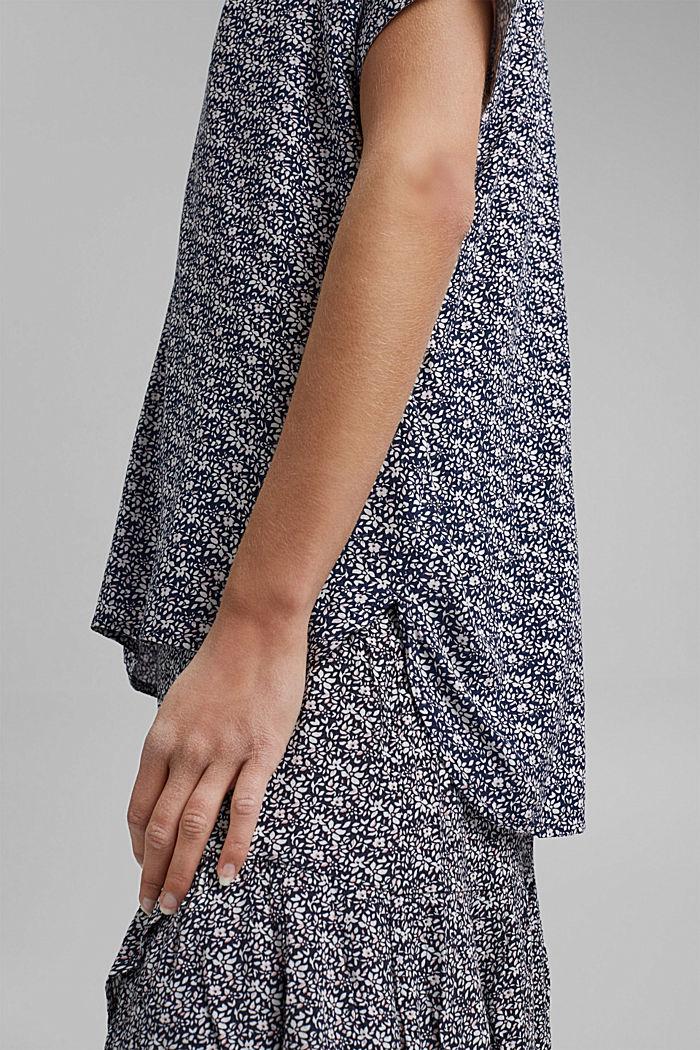 Top façon blouse à motif fleuri en LENZING™ ECOVERO™, NAVY, detail image number 5