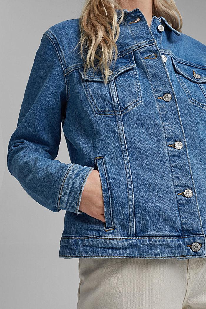 Oversized denim jacket made of organic cotton